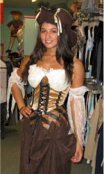 maiden of the sea pirate wench
