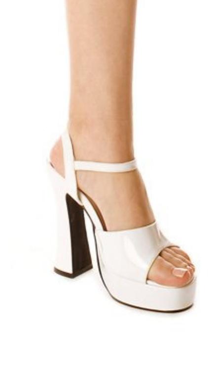 1970's platform sandals white