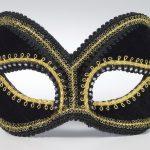 Mardi Gras masquerade masks : black glasses
