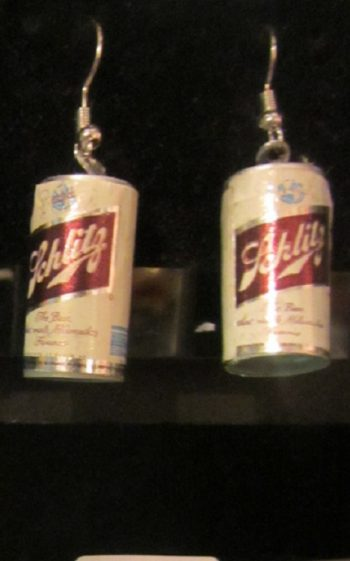 Vintage beer can earring Schlitz